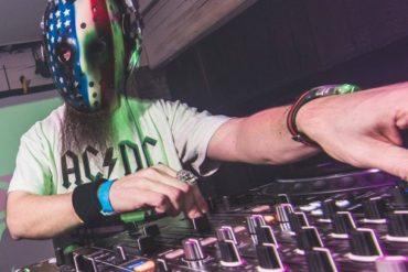 Rave Legend Sundays - D-Rebel : HardSide Party Mix1